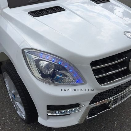 Электромобиль Mercedes Benz ML350 белый (колеса резина, сиденье кожа, пульт, музыка)